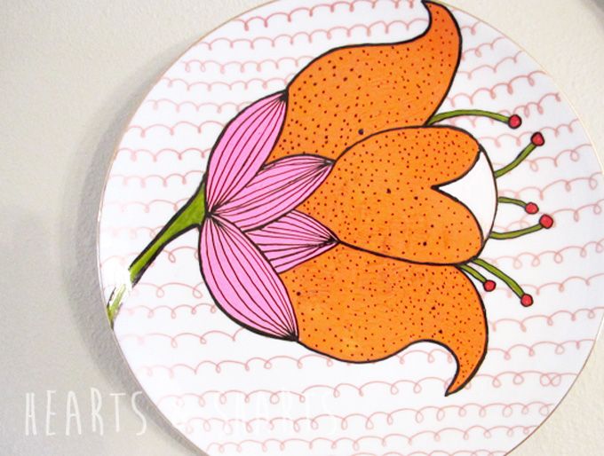 Cheap and Easy Wall Art: Vintage China Revival