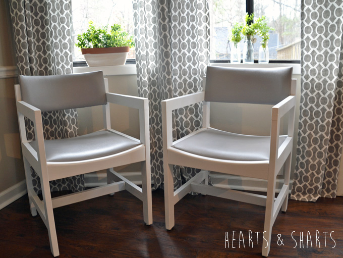 Kitchen-Chairs-Makeover-2-www.heartsandsharts.com