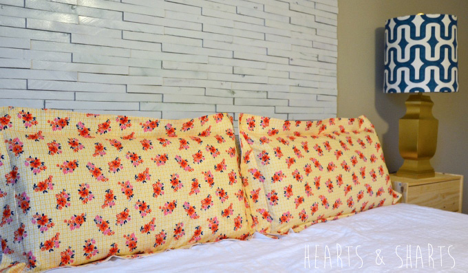 Sewing-Pillow-Shams-With-Flange-10-www.heartsandsharts.com