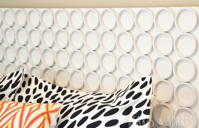 cheap-and-easy-headboard-pvc-pipe-HeartsAndSharts