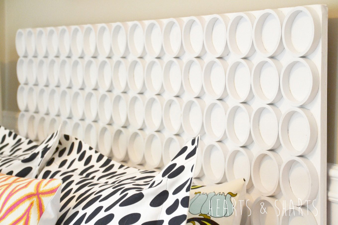 cheap-diy-headboard-pvc-pipe-HeartsAndSharts