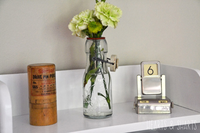 kitchen-reno-after-detail-vintage-items-Hearts-And-Sharts