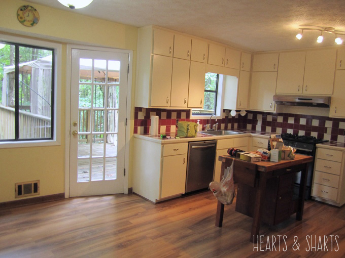 kitchen-reno-before-breakfast-nook-Hearts-And-Sharts