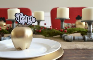 Gold Apple Place Cards | Hearts & Sharts