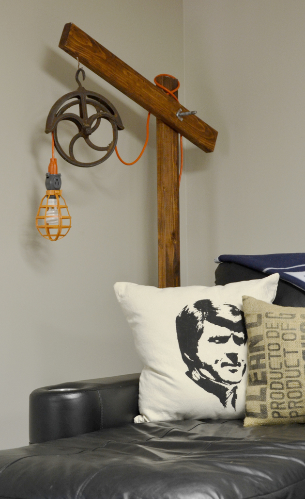 Standing Pulley Lamp | Hearts & Sharts